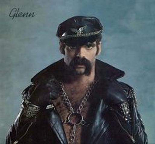 thème de soirée déguisée Cuir-Moustache